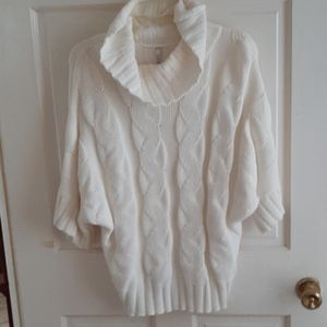 Ivory three quarter sleeve sweater